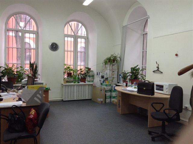 Офисное помещение 882 кв.м., Калининский район