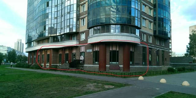 Торговое помещение 100 кв.м., Приморский район